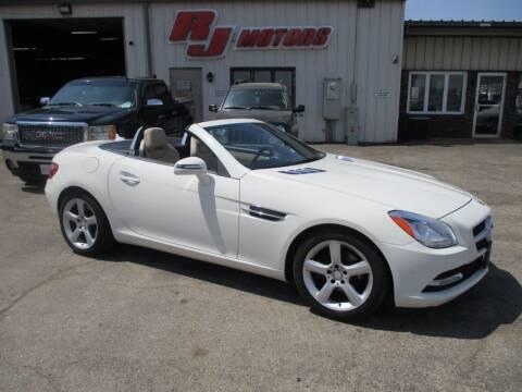 2013 Mercedes-Benz SLK for sale at RJ Motors in Plano IL