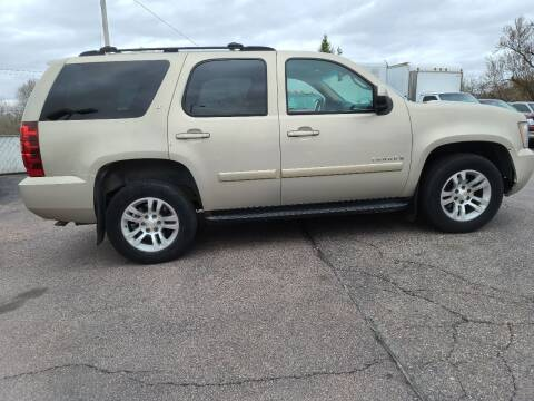 2007 Chevrolet Tahoe for sale at Geareys Auto Sales of Sioux Falls, LLC in Sioux Falls SD