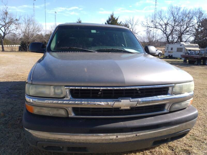 2002 Chevrolet Suburban for sale at C & R Auto Sales in Bowlegs OK
