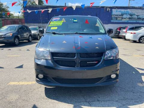 2017 Dodge Grand Caravan for sale at Metro Auto Sales in Lawrence MA