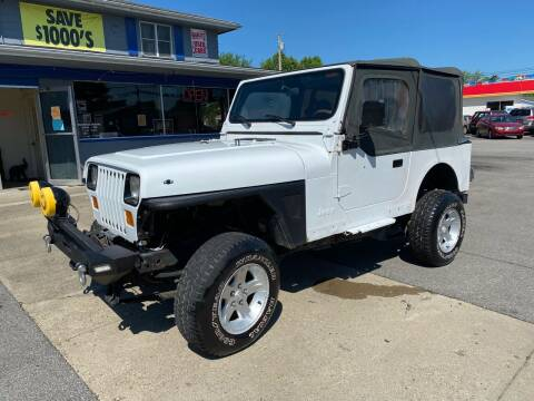 1989 Jeep Wrangler for sale at Wise Investments Auto Sales in Sellersburg IN