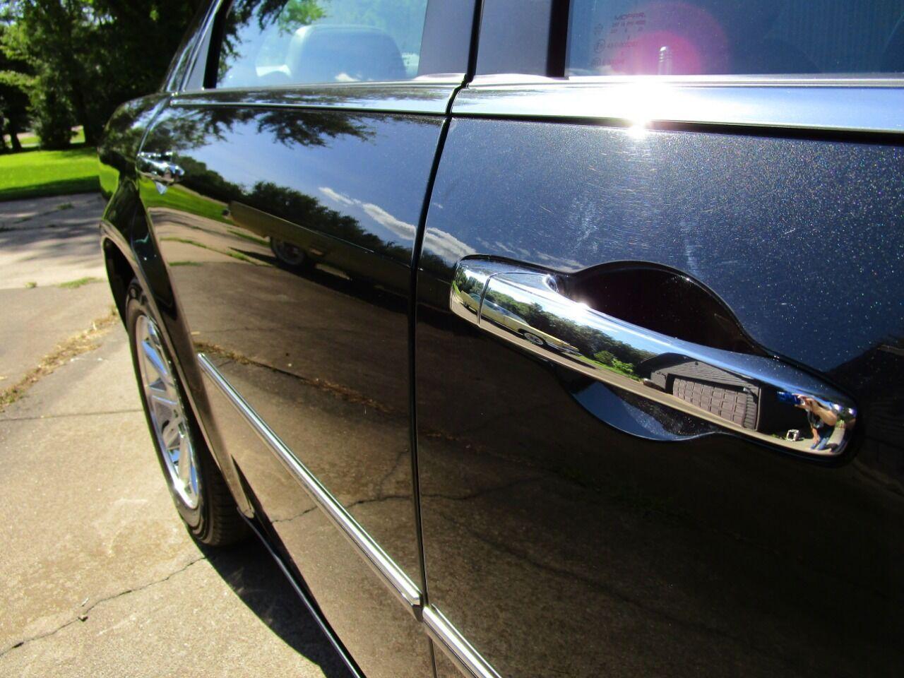 2006 Chrysler 300 10