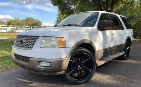 2004 Ford Expedition for sale at Powerhouse Automotive in Tampa FL