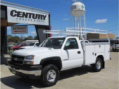2006 Chevrolet Silverado 2500HD for sale at CENTURY TRUCKS & VANS in Grand Prairie TX