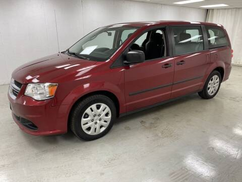 2016 Dodge Grand Caravan for sale at Kerns Ford Lincoln in Celina OH