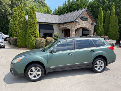 2013 Subaru Outback for sale at Hoyle Auto Sales in Taylorsville NC