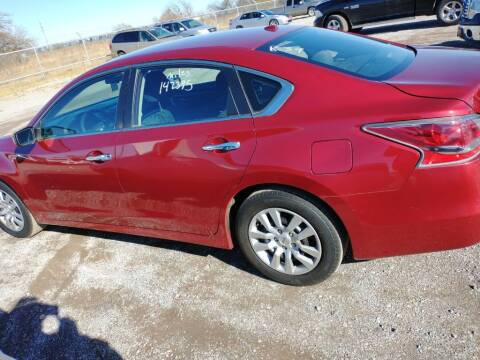 2015 Nissan Altima for sale at A BOTTOM DOLLAR AUTO SALES in Shawnee OK