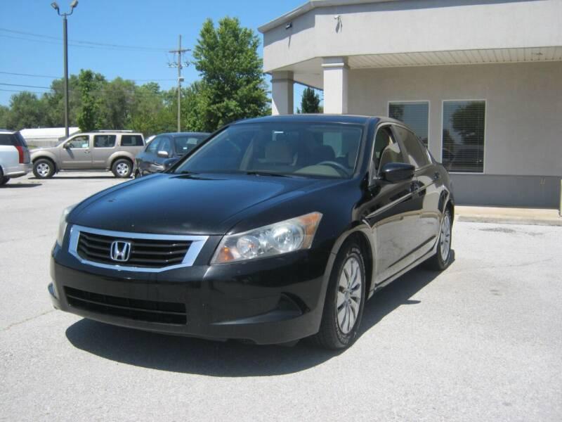 2009 Honda Accord for sale at Premier Motor Co in Springdale AR
