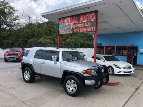 2007 Toyota FJ Cruiser for sale at Global Auto Sales and Service in Nashville TN