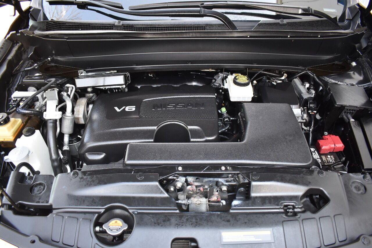 2017 Nissan Pathfinder Platinum 4×4 4dr SUV full
