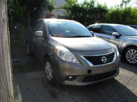 2013 Nissan Versa for sale at SOUTHFIELD QUALITY CARS in Detroit MI
