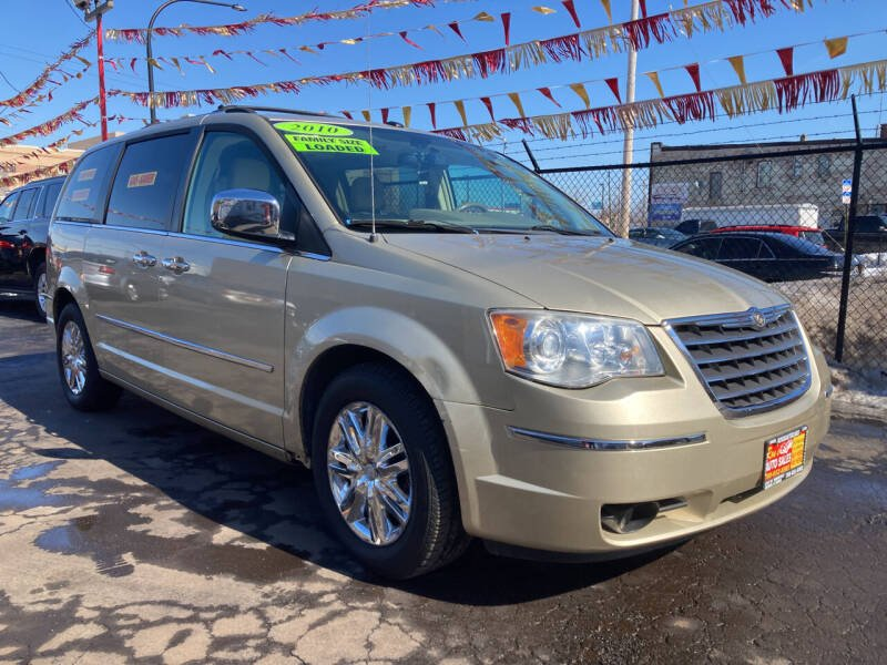 2010 Chrysler Town and Country for sale at RON'S AUTO SALES INC in Cicero IL