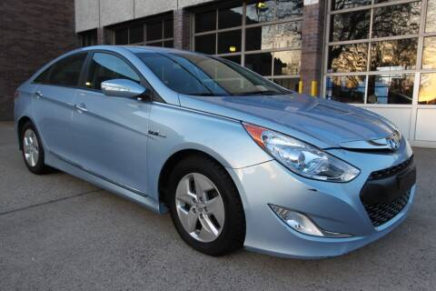 2011 Hyundai Sonata Hybrid for sale at AA Discount Auto Sales in Bergenfield NJ