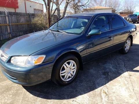 2001 Toyota Camry for sale at AI MOTORS LLC in Killeen TX