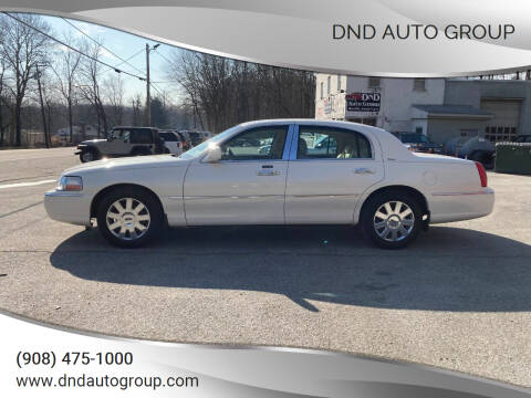 2007 Lincoln Town Car for sale at DND AUTO GROUP in Belvidere NJ