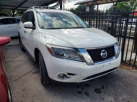 2013 Nissan Pathfinder for sale at C.J. AUTO SALES llc. in San Antonio TX
