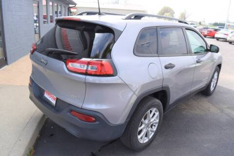 2016 Jeep Cherokee for sale at Heritage Automotive Sales in Columbus in Columbus IN