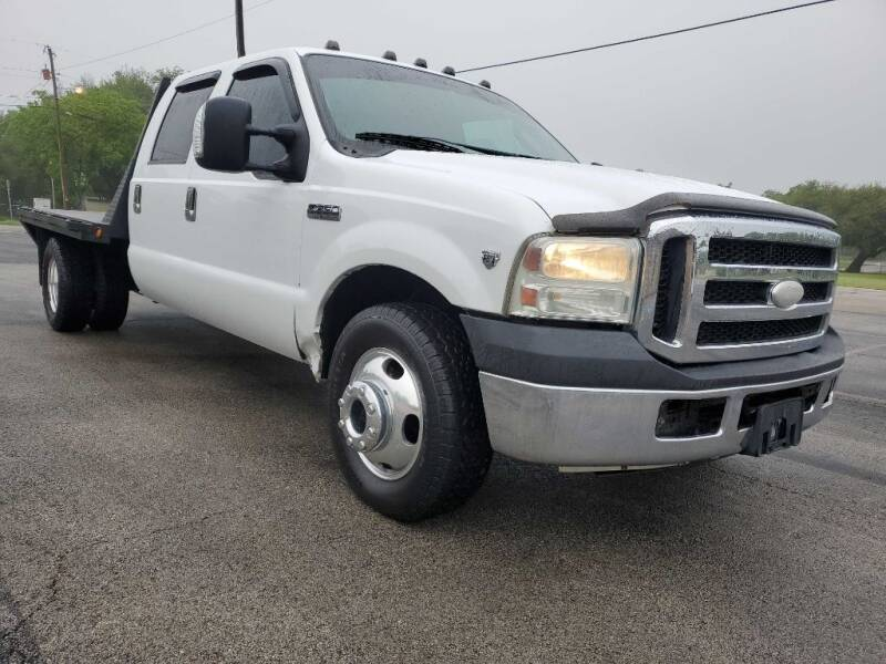 2007 Ford F-350 Super Duty for sale at Thornhill Motor Company in Lake Worth TX