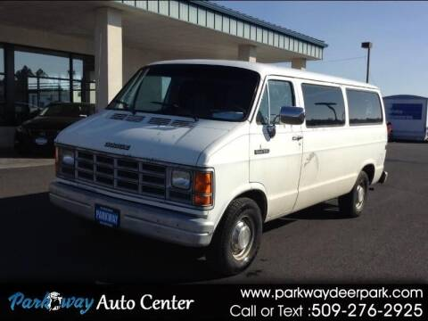 1991 Dodge Ram Wagon for sale at PARKWAY AUTO CENTER AND RV in Deer Park WA