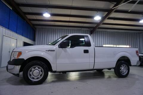 2014 Ford F-150 for sale at SOUTHWEST AUTO CENTER INC in Houston TX