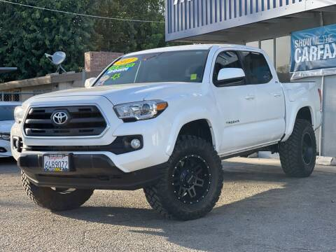 2017 Toyota Tacoma for sale at Autodealz of Fresno in Fresno CA