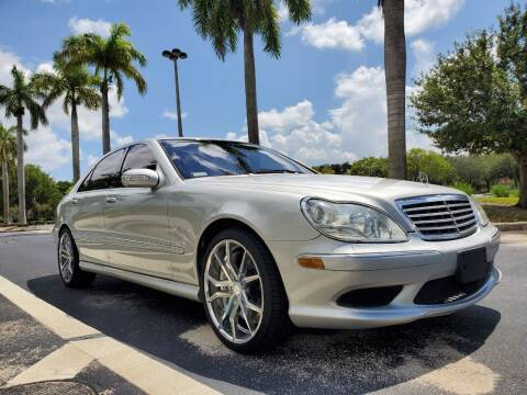 2006 Mercedes-Benz S-Class for sale at M.D.V. INTERNATIONAL AUTO CORP in Fort Lauderdale FL