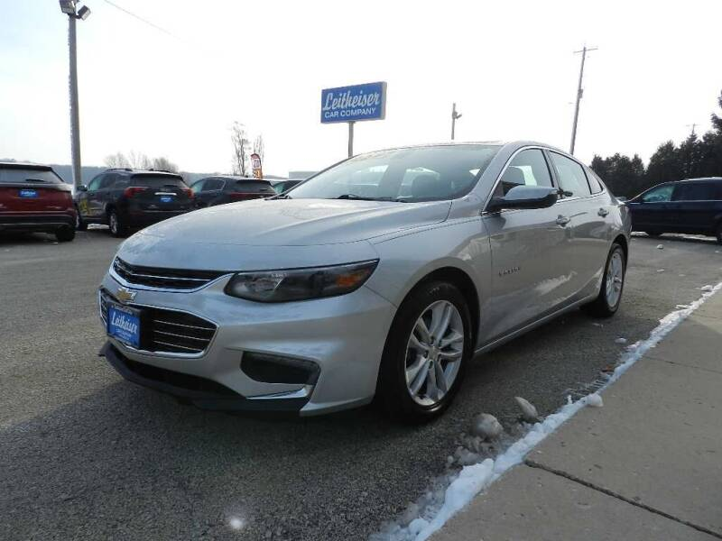 2017 Chevrolet Malibu for sale at Leitheiser Car Company in West Bend WI