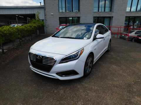 2017 Hyundai Sonata Hybrid for sale at Paniagua Auto Mall in Dalton GA