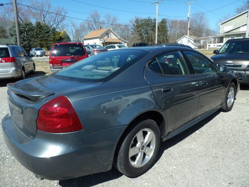 2005 Pontiac Grand Prix for sale at English Autos in Grove City PA