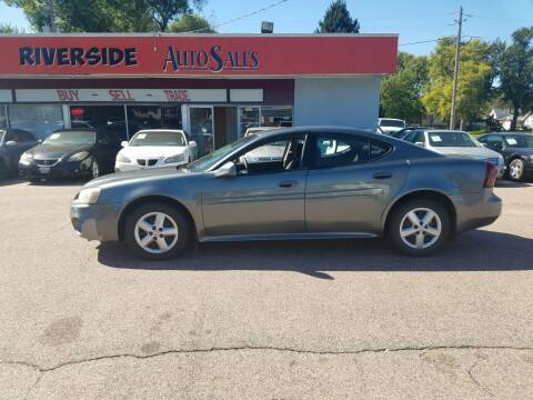 2005 Pontiac Grand Prix for sale at RIVERSIDE AUTO SALES in Sioux City IA