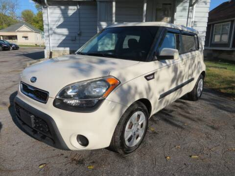 2013 Kia Soul for sale at Wheels Auto Sales in Bloomington IN