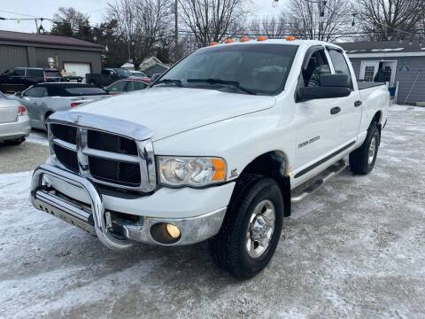 2005 Dodge Ram Pickup 2500 for sale at Davidson Auto Deals in Syracuse IN
