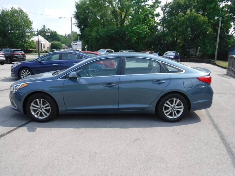 2017 Hyundai Sonata for sale at Dave's Car Corner in Hartford City IN