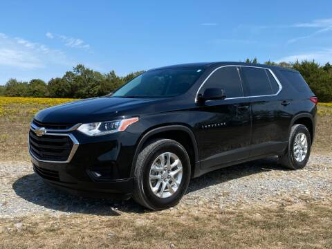 2019 Chevrolet Traverse for sale at TINKER MOTOR COMPANY in Indianola OK
