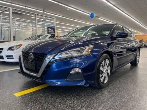 2019 Nissan Altima for sale at Dixie Imports in Fairfield OH