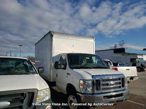 2011 Ford E-Series Chassis for sale at Vans Vans Vans INC in Blauvelt NY