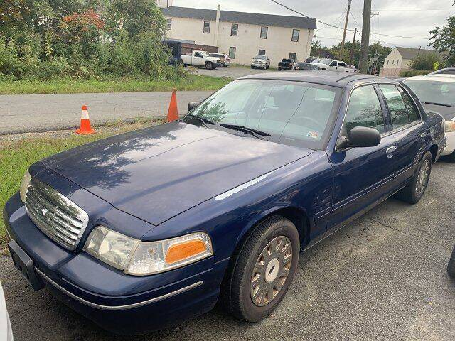2003 Ford Crown Victoria for sale at High Performance Motors in Nokesville VA