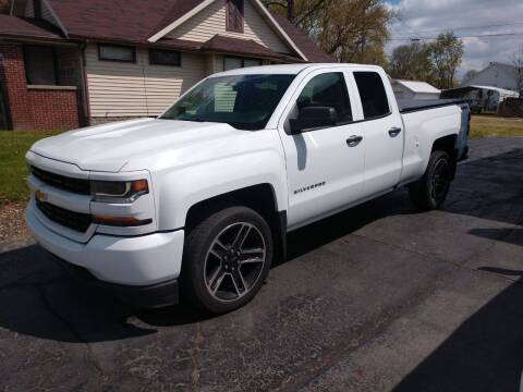2017 Chevrolet Silverado 1500 for sale at Economy Motors in Muncie IN