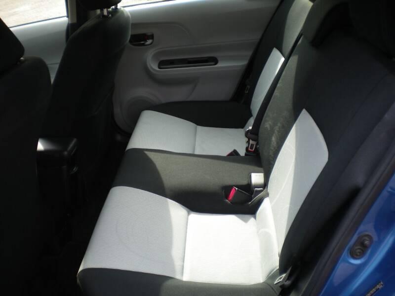 2013 Toyota Prius c One 4dr Hatchback - Barnesville OH