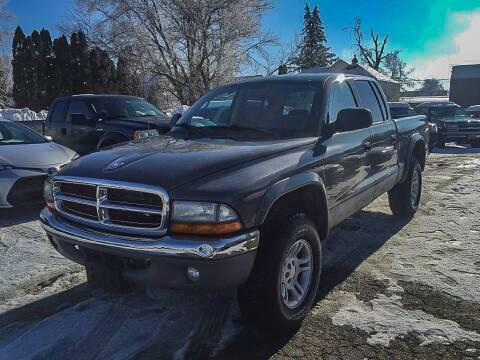 2003 Dodge Dakota for sale at Knowlton Motors, Inc. in Freeport IL