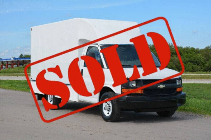 2010 Chevrolet Express Cutaway for sale at Signature Truck Center - Box Trucks in Crystal Lake IL