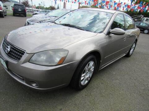 2006 Nissan Altima for sale at PORTLAND AUTO SALES LLC. in Portland OR