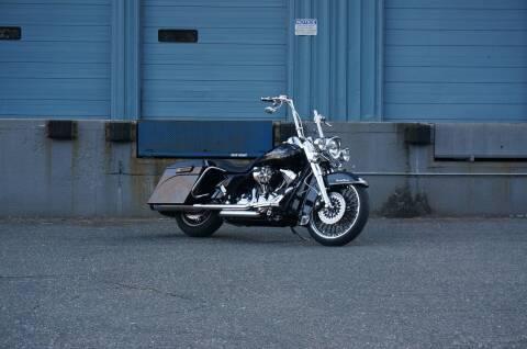2009 Harley-Davidson Road King for sale at EuroMotors LLC in Lee MA