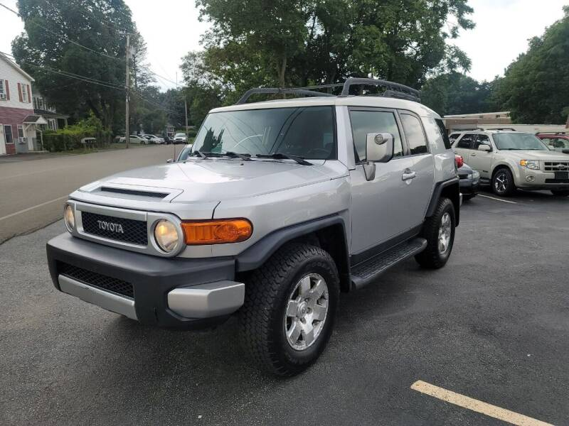 2007 Toyota FJ Cruiser for sale at Trade Automotive, Inc in New Windsor NY