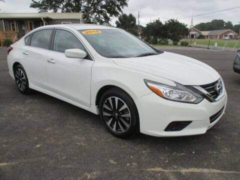2018 Nissan Altima for sale at G. B. ENTERPRISES LLC in Crossville AL