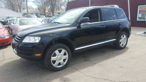 2004 Volkswagen Touareg for sale at B Quality Auto Check in Englewood CO