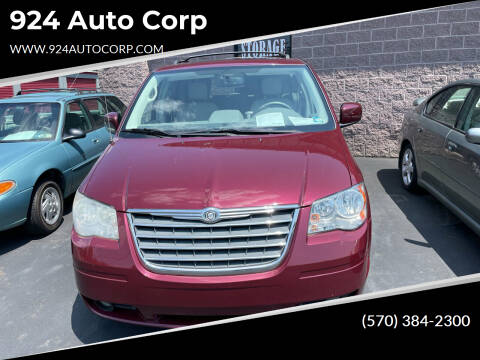 2009 Chrysler Town and Country for sale at 924 Auto Corp in Sheppton PA