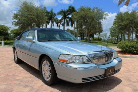 2006 Lincoln Town Car for sale at LIBERTY MOTORCARS INC in Royal Palm Beach FL