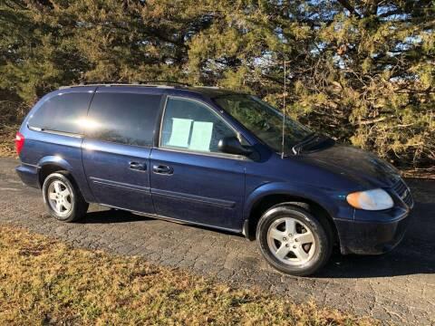 2006 Dodge Grand Caravan for sale at Kansas Car Finder in Valley Falls KS