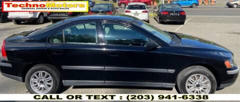 2004 Volvo S60 for sale at Techno Motors in Danbury CT